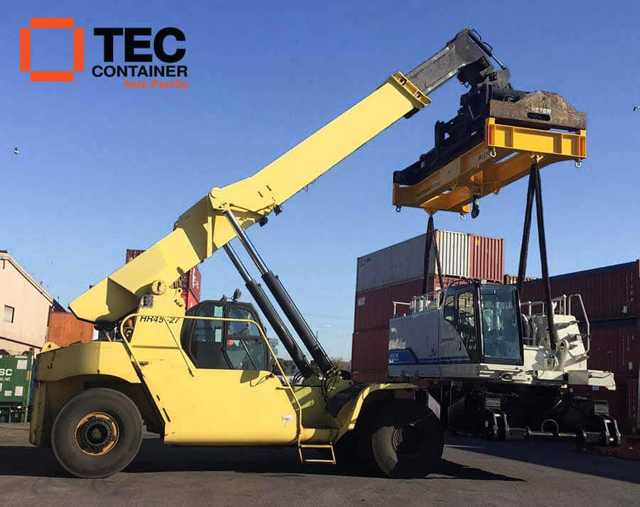 Tec Container reachstacker attachment L Ar thur transport
