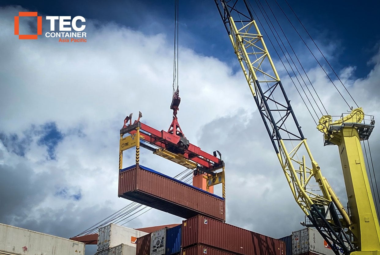 Tec Container overheight frame in Tahiti